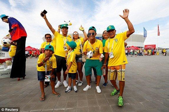 Video ket qua Brazil vs Thuy Si 1-1: Neymar tit ngoi, Brazil vo mong hinh anh 11
