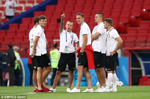 Video ket qua Ba Lan vs Senegal: Cu soc doi voi doi tuyen Ba Lan hinh anh 16
