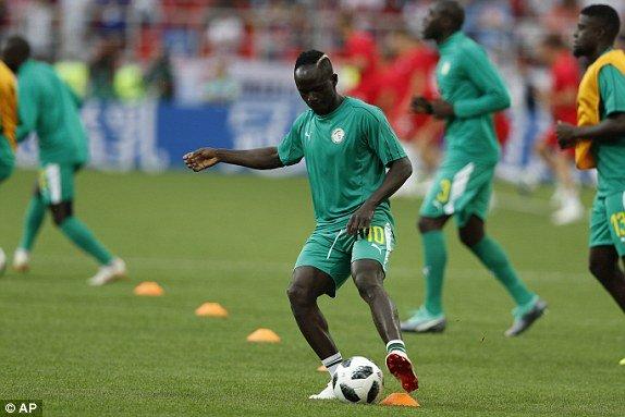 Video ket qua Ba Lan vs Senegal: Cu soc doi voi doi tuyen Ba Lan hinh anh 12