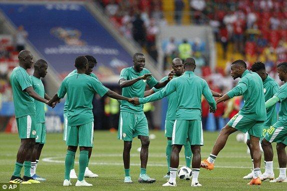 Video ket qua Ba Lan vs Senegal: Cu soc doi voi doi tuyen Ba Lan hinh anh 13