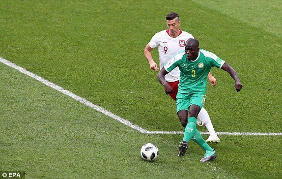 Video ket qua Ba Lan vs Senegal: Cu soc doi voi doi tuyen Ba Lan hinh anh 7