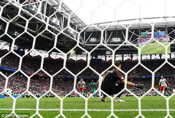 Video ket qua Ba Lan vs Senegal: Cu soc doi voi doi tuyen Ba Lan hinh anh 5