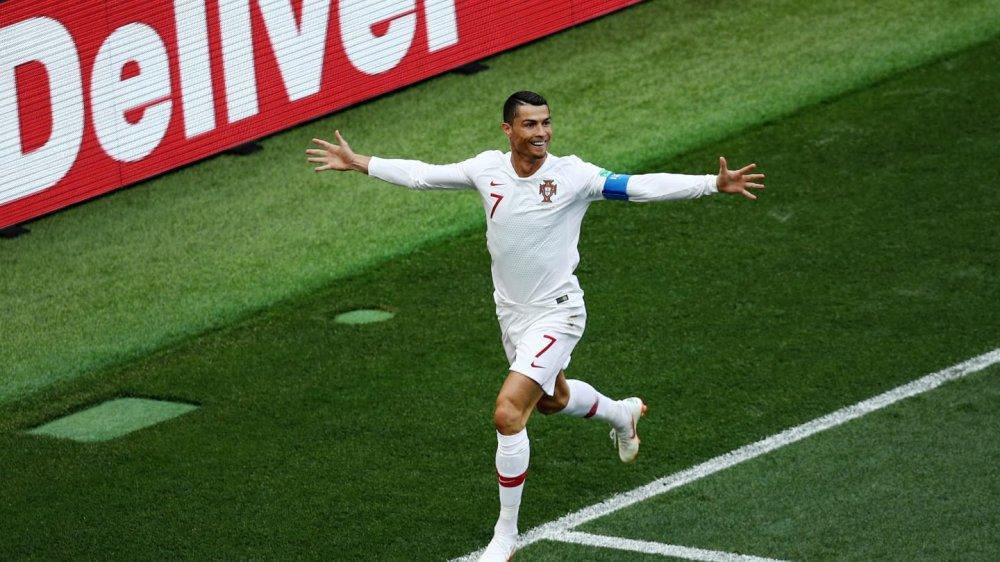 Ronaldo nhu ly ruou vang Port cang uong cang ngon hinh anh 2