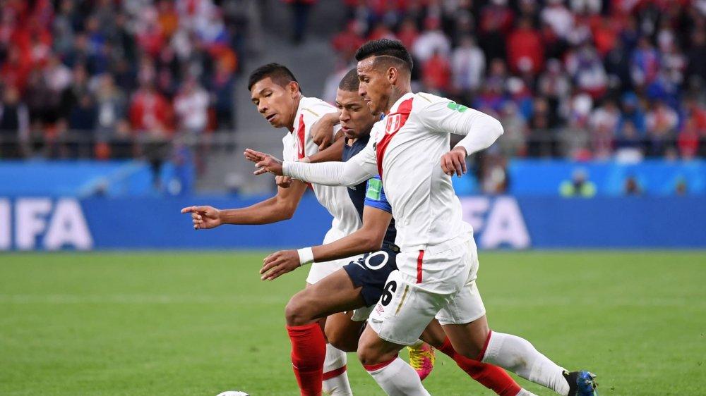 Ghi ban o World Cup, sao tuyen Phap tai hien man an mung de doi cua Van Thanh hinh anh 10