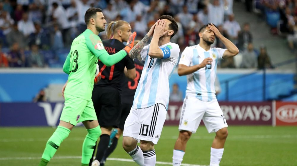 World Cup 2018 sau 2 luot tran: Messi va Argentina gay that vong nhat hinh anh 3