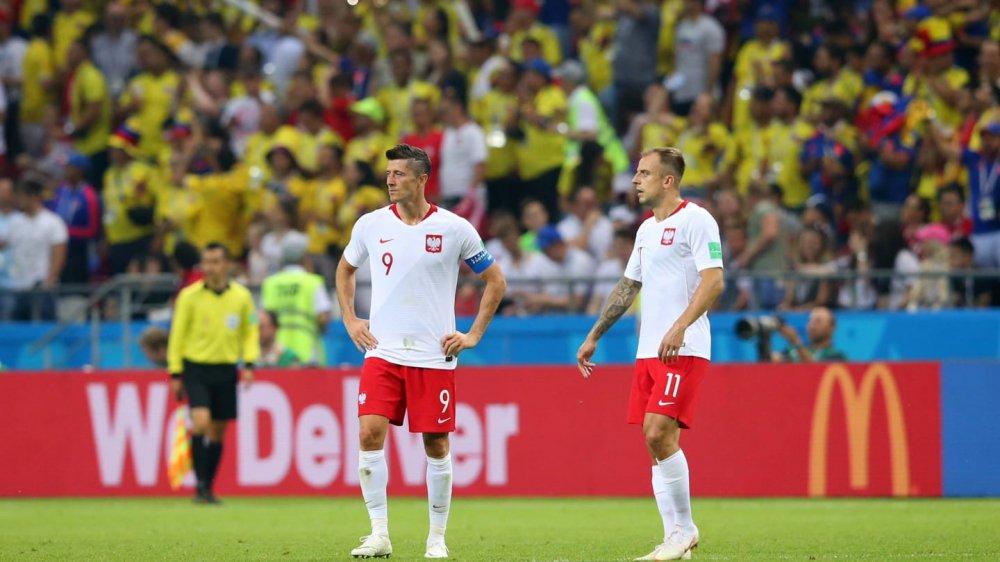 Vong bang World Cup 2018: Argentina chet di song lai, Duc bi loai soc hinh anh 2
