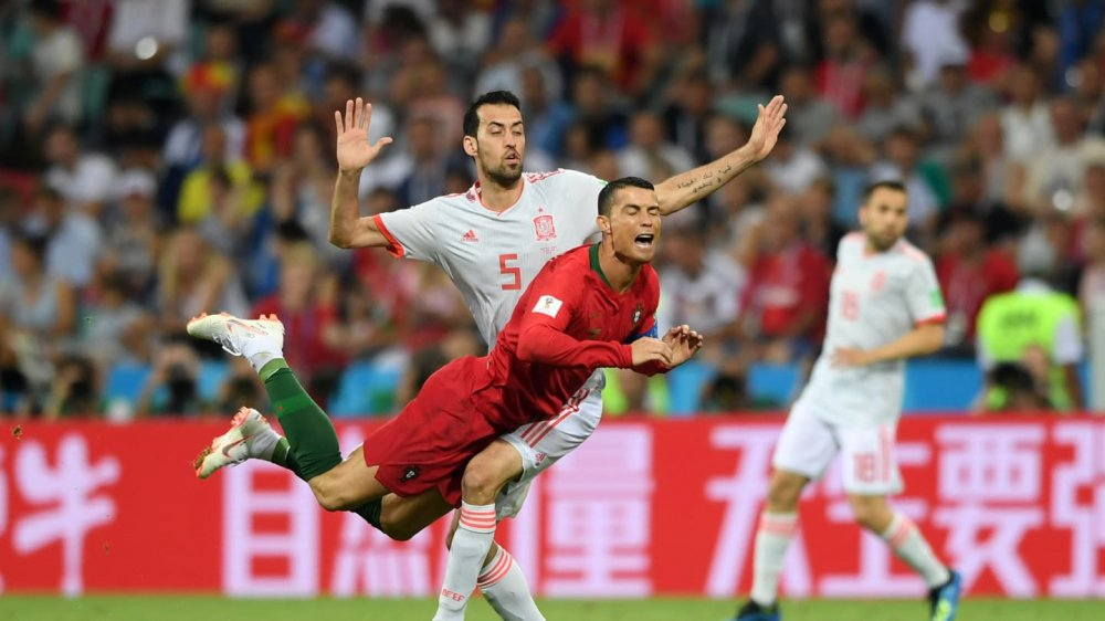 Vong bang World Cup 2018: Argentina chet di song lai, Duc bi loai soc hinh anh 7