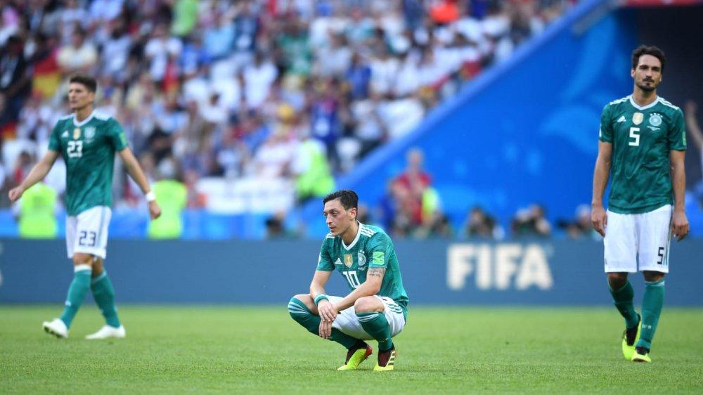 Vong bang World Cup 2018: Argentina chet di song lai, Duc bi loai soc hinh anh 10