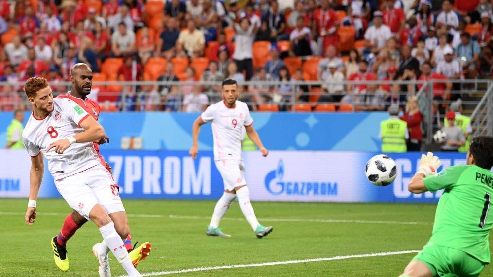 Vong bang World Cup 2018: Argentina chet di song lai, Duc bi loai soc hinh anh 13