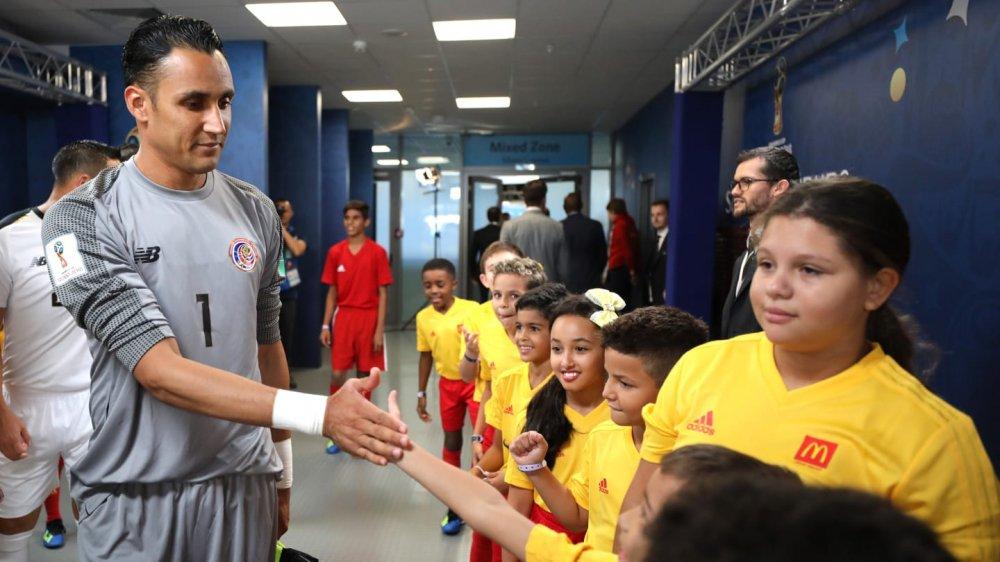 Nguoi hung Han Quoc xuat sac hon ca De Gea va Manuel Neuer hinh anh 8