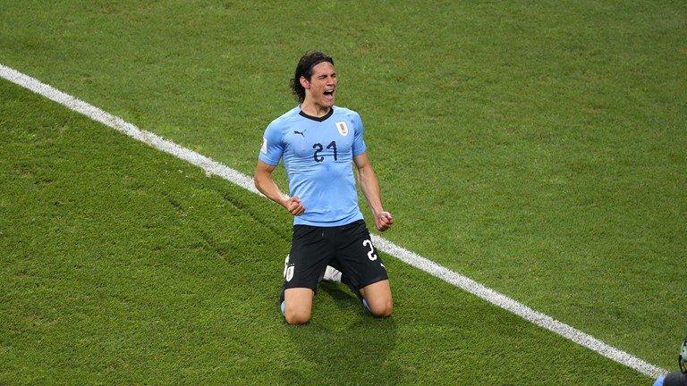 Ronaldo noi dai chuoi tit ngoi, Uruguay tai lap ky tich 88 nam hinh anh 4