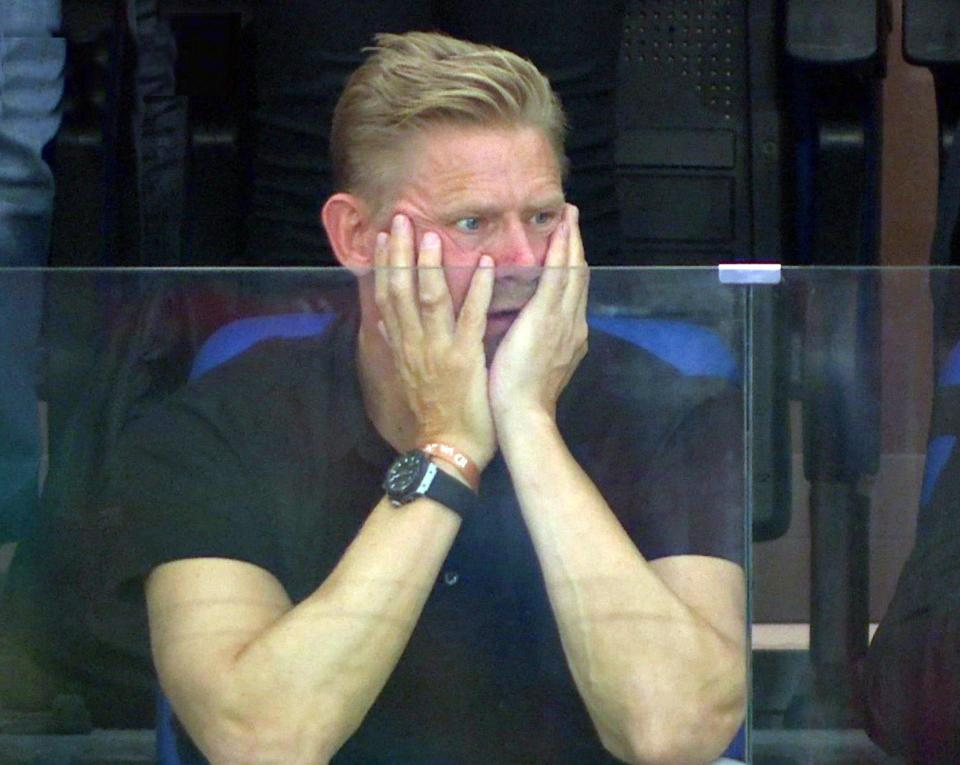 '50 sac thai' cua huyen thoai Peter Schmeichel khi xem con trai thi dau hinh anh 8