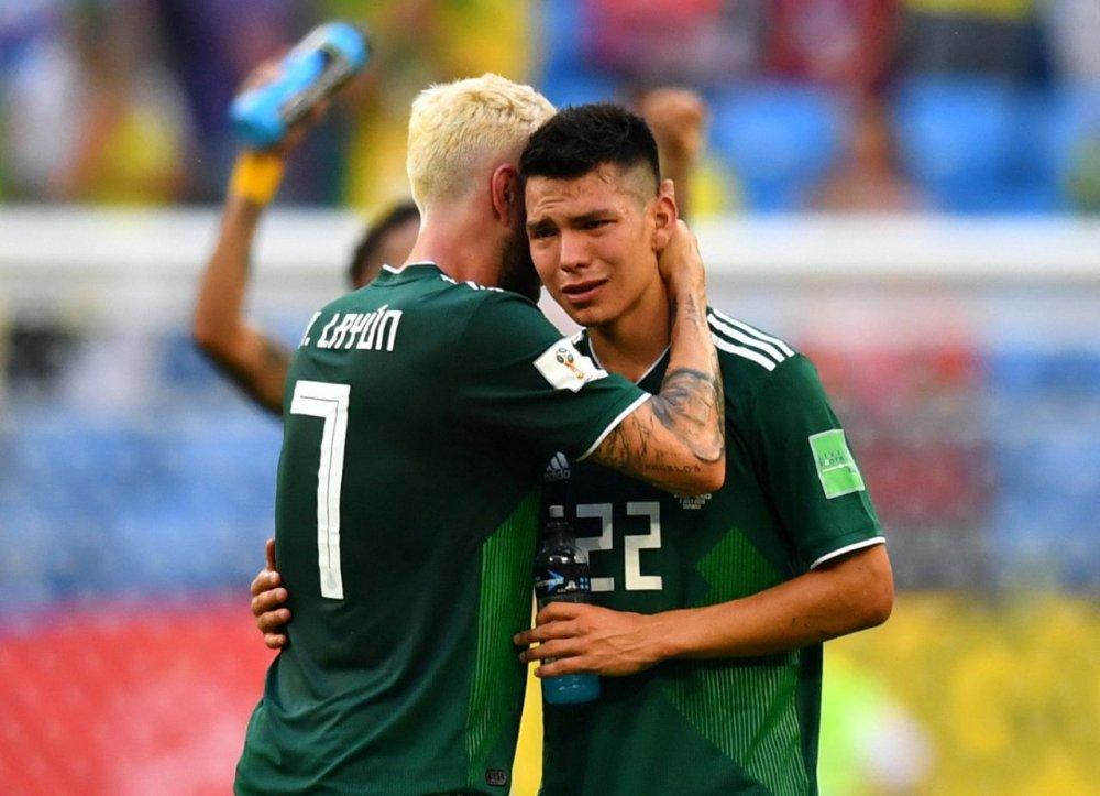 CDV Mexico khoc nghen khi bi Brazil loai o vong 1/8 World Cup 2018 hinh anh 6