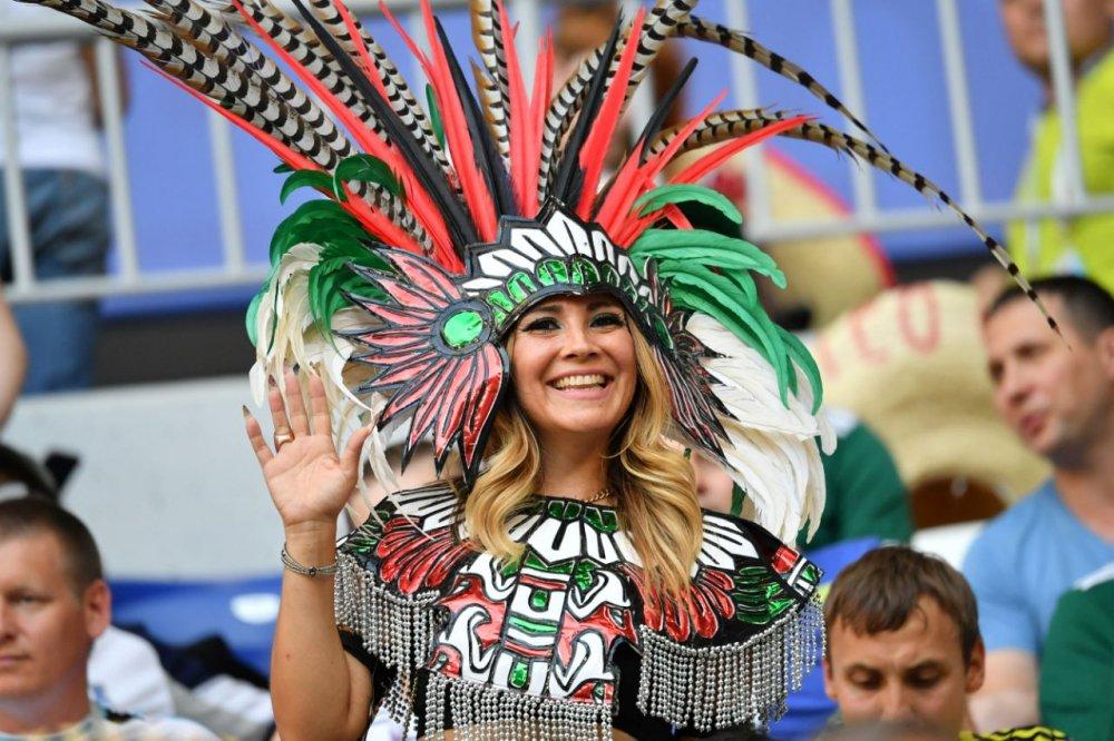 CDV Mexico khoc nghen khi bi Brazil loai o vong 1/8 World Cup 2018 hinh anh 3