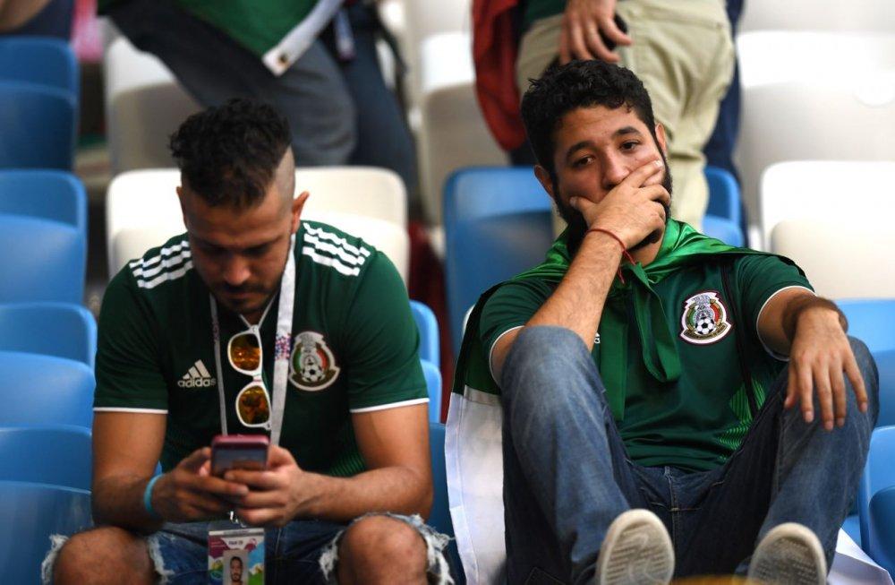 CDV Mexico khoc nghen khi bi Brazil loai o vong 1/8 World Cup 2018 hinh anh 20