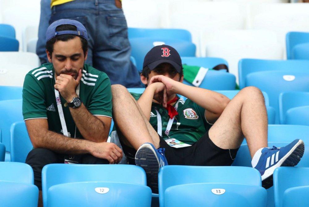 CDV Mexico khoc nghen khi bi Brazil loai o vong 1/8 World Cup 2018 hinh anh 10