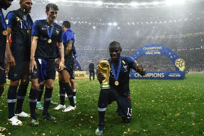 Anh trai N'Golo Kante qua doi vi dau tim ngay truoc World Cup hinh anh 2