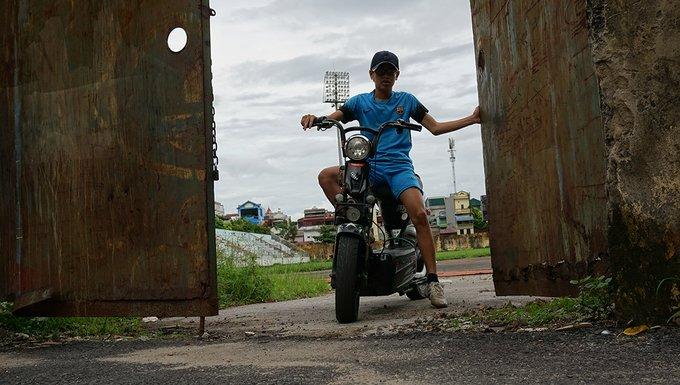 San bong tieu chuan SEA Games bo hoang nhieu nam o Ninh Binh hinh anh 4