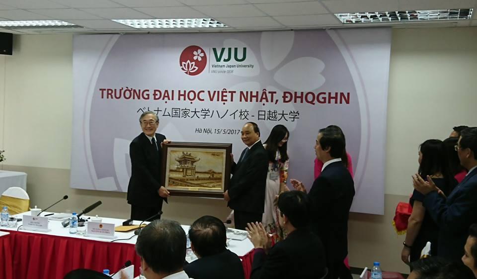 Thu tuong: Khan truong xay dung co che dac thu cho cac truong dai hoc hop tac quoc te hinh anh 2