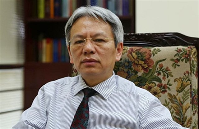 Tien si Nguyen Si Dung: 'Nha nuoc kien tao la nha nuoc khong hanh dan' hinh anh 1