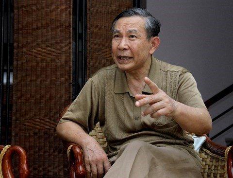Ong Vu Quoc Hung: Co tinh thanh, moi vi Bi thu, Chu tich nhu 'ong vua con' hinh anh 1