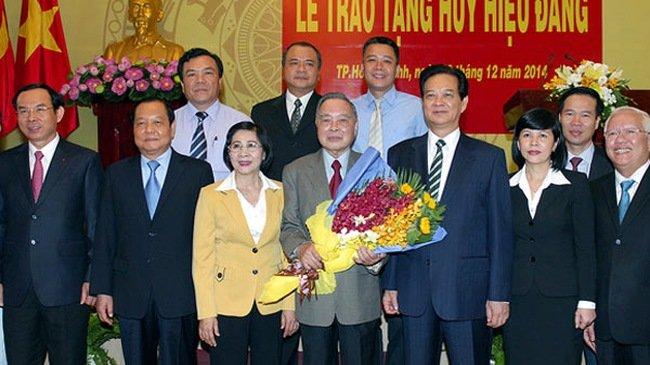 Nguyen Thu tuong Phan Van Khai lam trong benh hinh anh 1