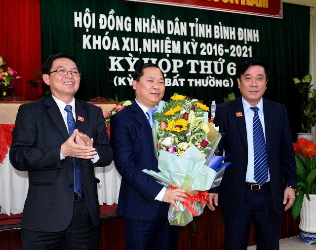 Phe chuan Pho Chu tich UBND tinh Binh Dinh Nguyen Phi Long hinh anh 1