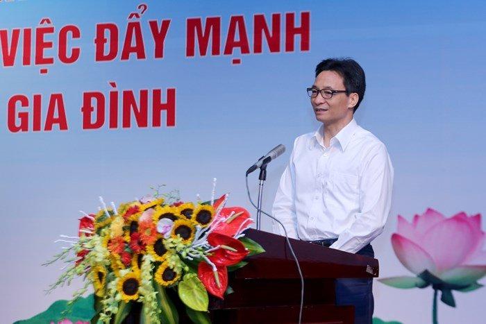 Pho Thu tuong Vu Duc Dam: 'Chu trong hon nua viec day lam nguoi cho the he tre' hinh anh 1