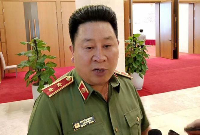 Hang loat tuong cong an bi ky luat, Thieu tuong Le Van Cuong: Bo Cong an se manh me hon hinh anh 1
