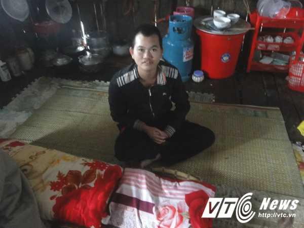 'Chi Dau' o ho Thuy dien Hoa Binh: 'Ban dan cho khong du tien chua benh' hinh anh 3
