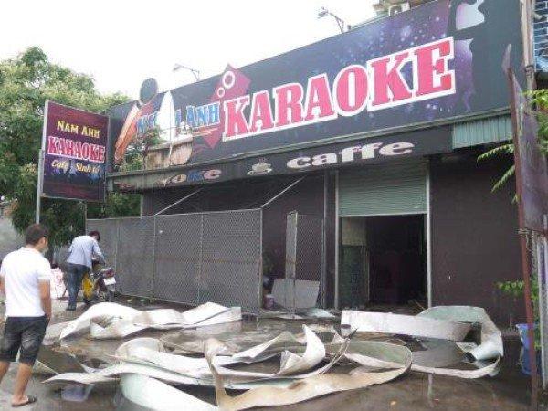 Khoi lua boc len nghi ngut tai quan karaoke o Hai Duong hinh anh 1