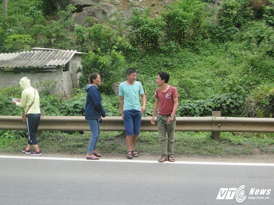 Giai ma bi mat diem den tai nan giao thong tai Hoa Binh: Ho 'nuot' nguoi va cot moc 'tu than' hinh anh 3