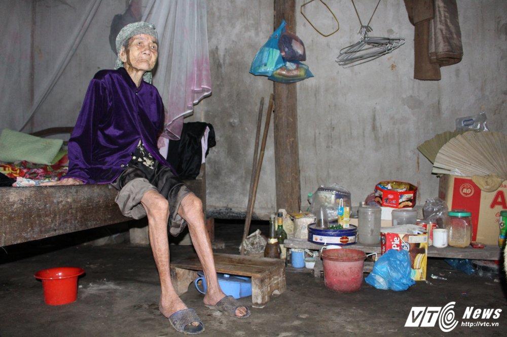 Tan cung khon kho cua me gia hon 90 tuoi va 3 con dien dai o Phu Tho hinh anh 2