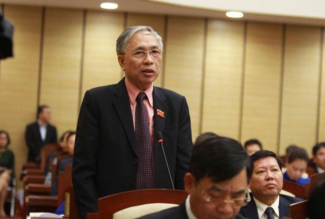Chat van sai pham Muong Thanh: 'Phai chang cui uot nen khong chay duoc?' hinh anh 2