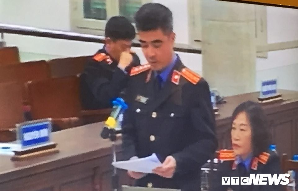 Phien toa xet xu em trai ong Dinh La Thang va dong pham khong hoan du bi cao vang mat hinh anh 2