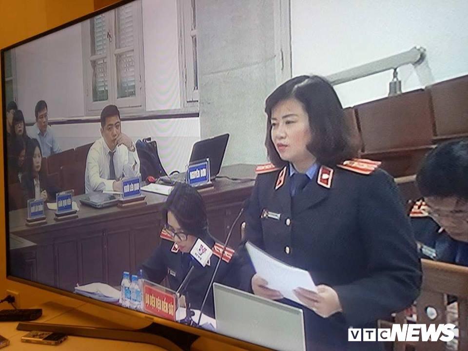 Dai dien VKS Ha Noi: 'Ong Dinh La Thang va dong pham co y lam trai' hinh anh 1