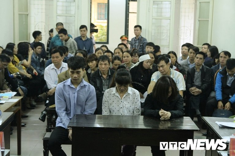 Chay quan karaoke, 13 nguoi chet o Ha Noi: Phong canh sat PCCC so 3 noi 'da lam het trach nhiem' hinh anh 3