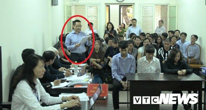 Chay quan karaoke, 13 nguoi chet o Ha Noi: Phong canh sat PCCC so 3 noi 'da lam het trach nhiem' hinh anh 1