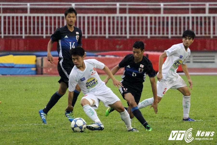 Thay Giom: 'HAGL Arsenal JMG chua tim ra Cong Phuong moi' hinh anh 1