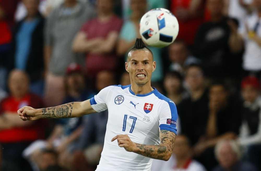 Doi hinh xuat sac da bi loai khoi Euro 2016 hinh anh 8
