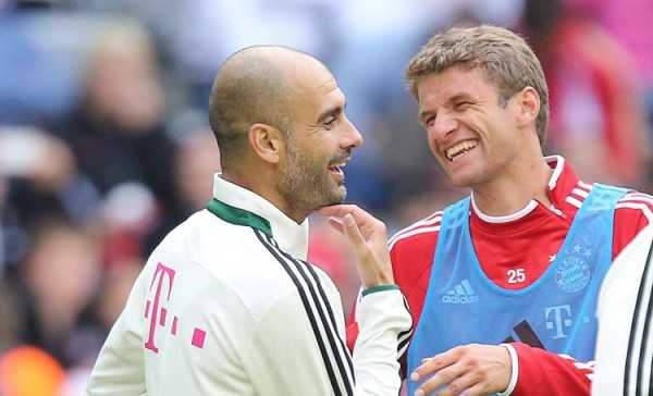 Tro cu tiet lo Guardiola thich giam minh trong phong, song trong the gioi rieng hinh anh 1