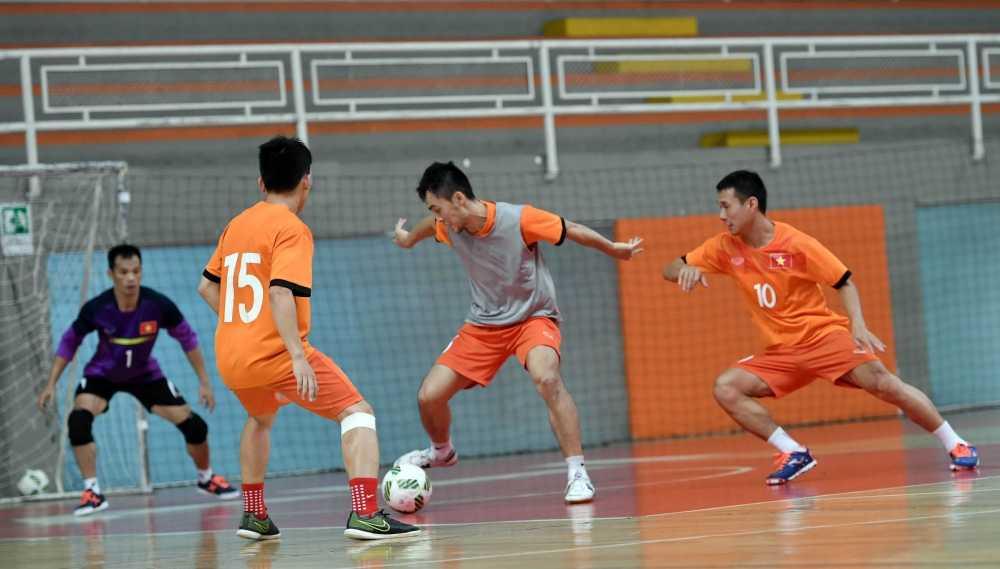 World Cup Futsal: Tuyen Viet Nam tap da sieu tan cong hinh anh 2