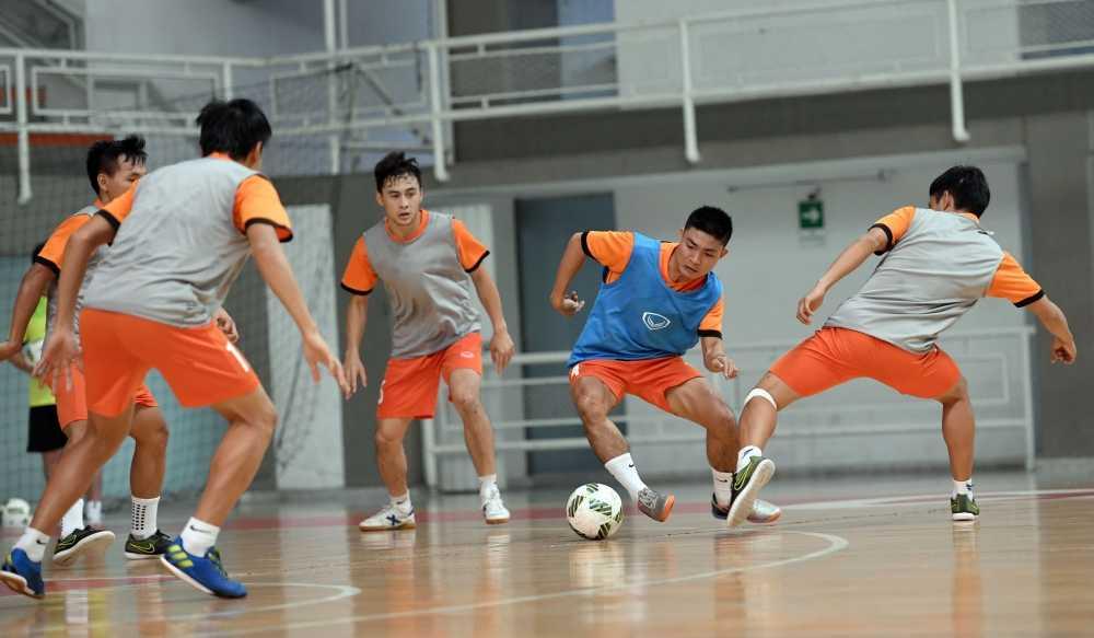 World Cup Futsal: Tuyen Viet Nam tap da sieu tan cong hinh anh 1