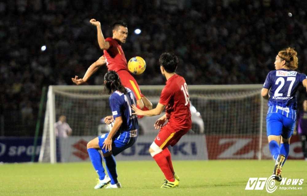 Viet Nam vs Malaysia: Pha tran do sieu phong thu duoi nang quai hinh anh 2