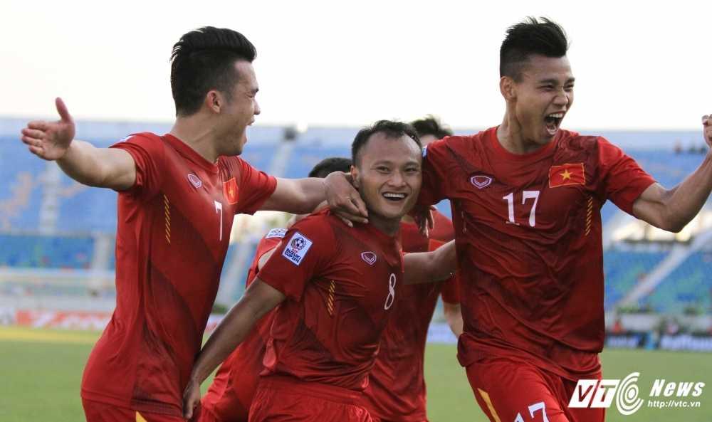 AFF Cup 2016: Neu Malaysia bo giai, tuyen Viet Nam co mat ngoi dau bang? hinh anh 2