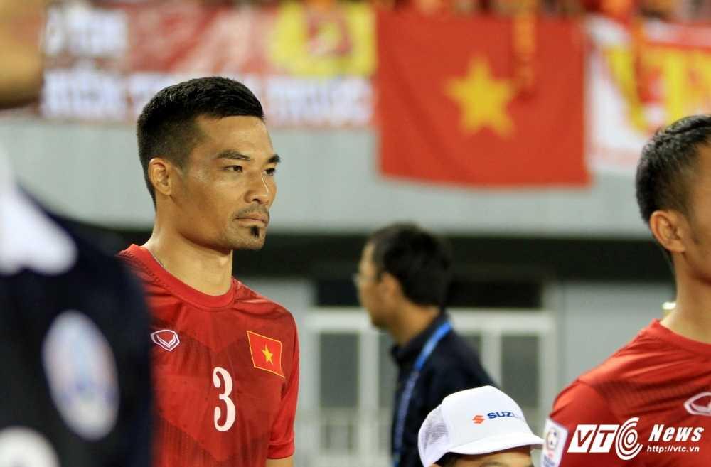 Ban ket AFF Cup 2016: Vang Dinh Luat co khi tuyen Viet Nam lai may hinh anh 2