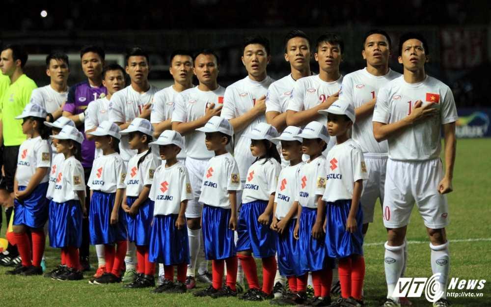 Khong dat chi tieu AFF Cup, tuyen Viet Nam van duoc thuong dam? hinh anh 1