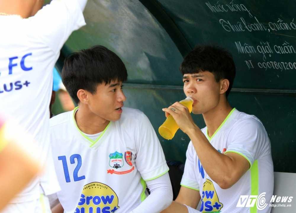 U21 HAGL dai bai: Lua Cong Phuong da qua thoi 'lam mua lam gio'? hinh anh 2