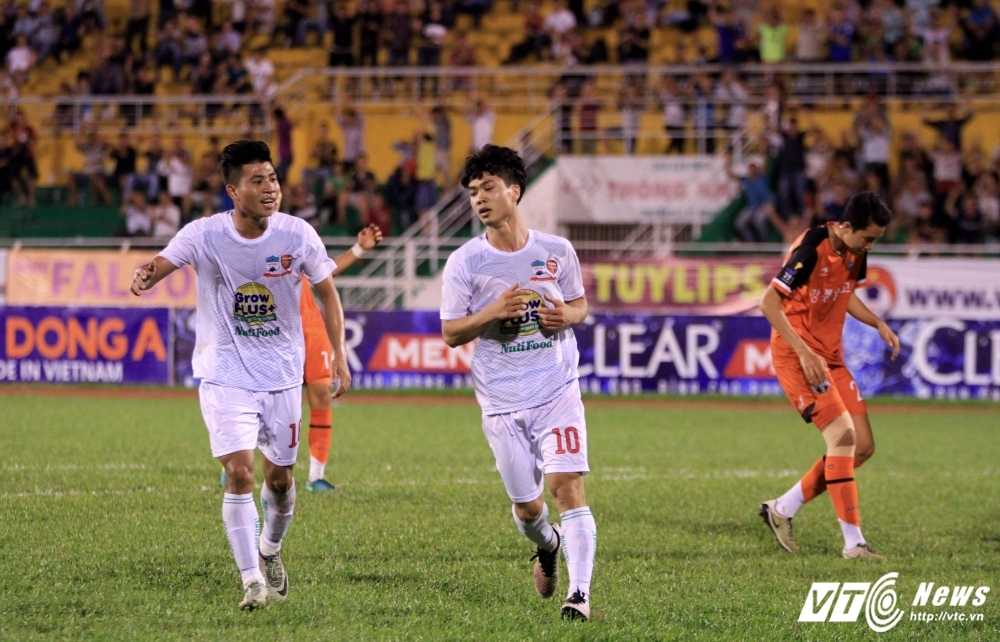 BLV Quang Huy: U21 HAGL da dep mat, Cong Phuong thoat ap luc bua vay hinh anh 3