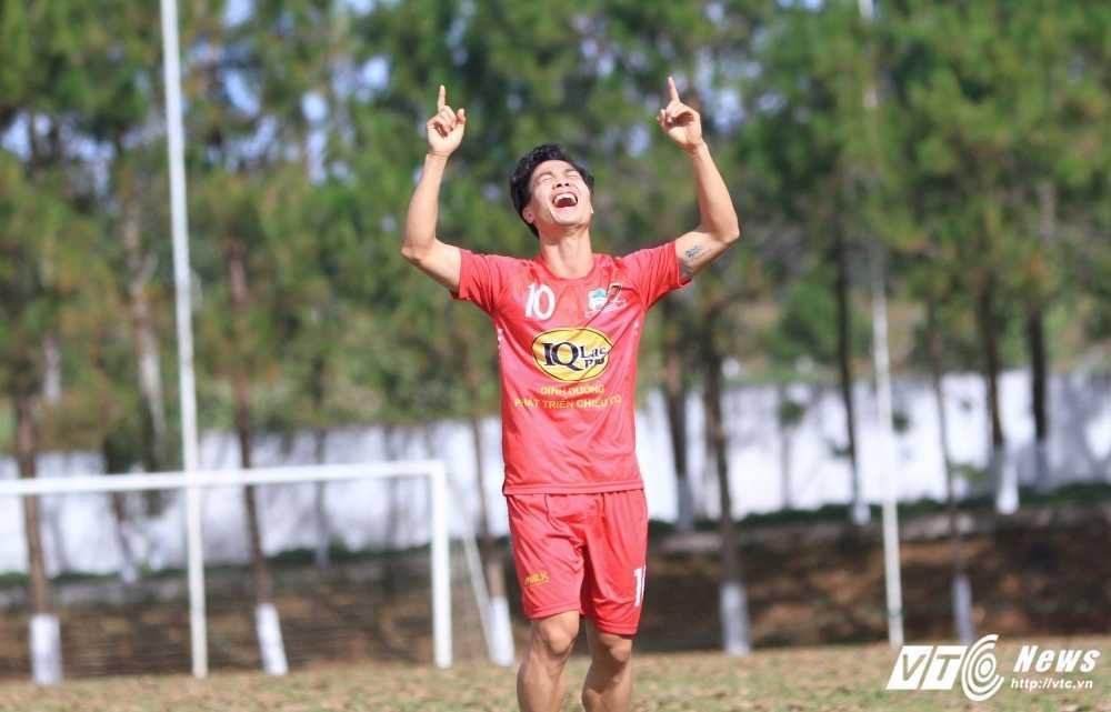 'Cong Phuong hoi sinh sau ban thang vao luoi U23 Malaysia' hinh anh 1
